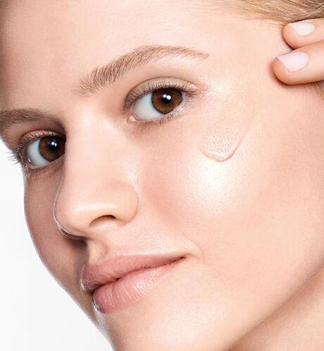 Dior - Dior Prestige La micro-huile de rose advanced serum - age-defying face serum - 9 Open gallery
