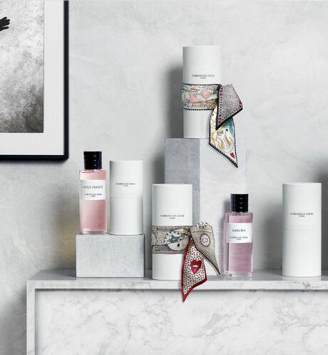 Dior - Holy Peony Parfum - 18 Ouverture de la galerie d'images