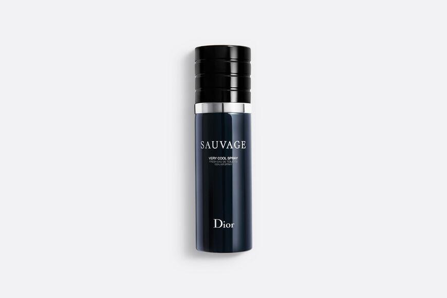 Dior - Sauvage Very cool spray - fresh eau de toilette - 100% air spray Open gallery