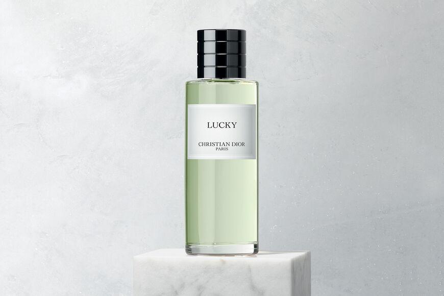 Dior - Lucky Parfum - 6 Ouverture de la galerie d'images