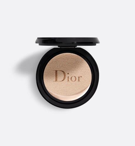 Dior - DIOR超完美水潤光氣墊粉蕊 輕盈底妝–24小時超持妝*、超保濕**–水潤光感妝效–spf50 pa+++