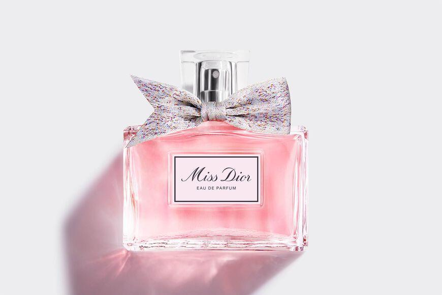 Dior - Miss Dior Eau de Parfum Eau de parfum - floral and fresh notes Open gallery