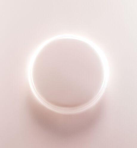 Dior - Capture Dreamskin Cushion foundation - dreamskin fresh & perfect cushion spf 50 - pa+++ - 4 Open gallery