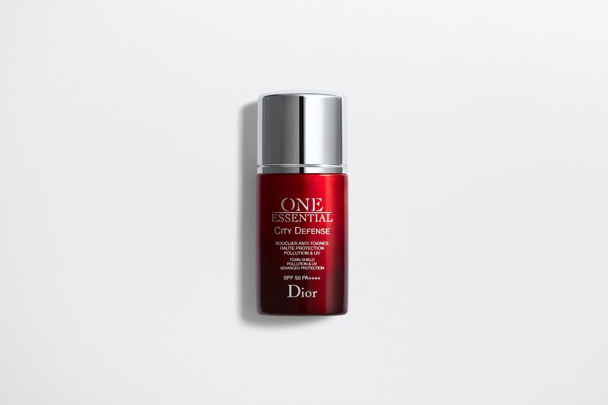 Dior - One Essential City defense toxin shield pollution & uv advanced protection spf 50 pa++++ Open gallery