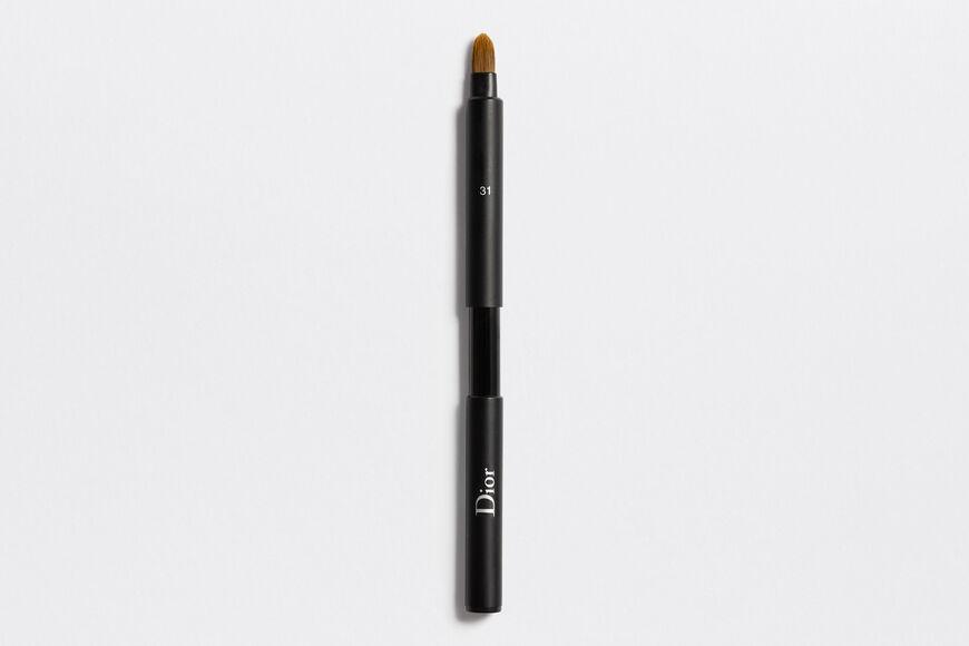 Dior - Dior Backstage Retractable Lip Brush N°31 Retractable lip brush n°31 Open gallery