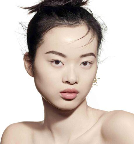 Dior - DIOR超完美水潤光氣墊粉蕊 輕盈底妝–24小時超持妝*、超保濕**–水潤光感妝效–spf50 pa+++ - 3 aria_openGallery
