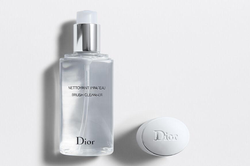 Dior - Brush Cleanser Brush cleanser Open gallery