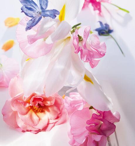 Dior - Miss Dior Eau de Parfum Eau de parfum - bloemige en frisse geurnoten - 4 aria_openGallery