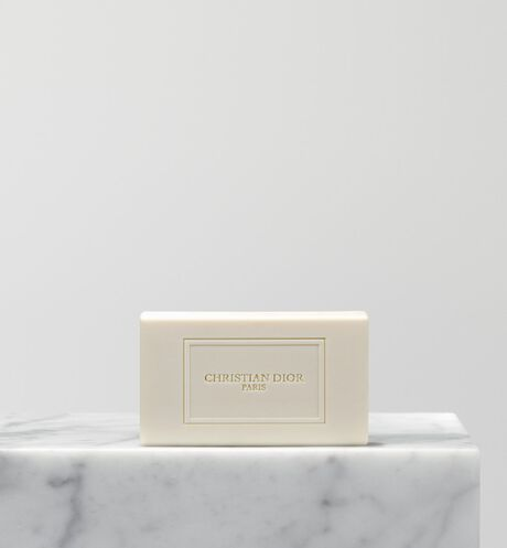 Dior - Balade Sauvage Solid soap - 2 Open gallery