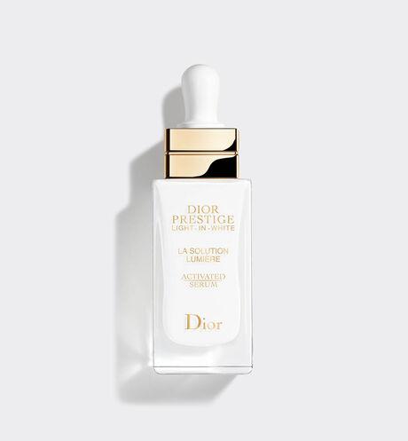 Dior - Dior Prestige Light-in-White La Solution Lumière Activated Serum Exceptional illuminating and regenerating dermo-serum