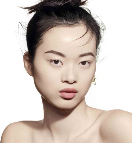Dior - DIOR超完美水潤光氣墊粉餅 輕盈底妝–24小時超持妝、超保濕–水潤光感妝效–spf50 pa+++ - 3 aria_openGallery