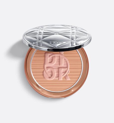 Dior - Diorskin Mineral Nude Bronze. Лимитированная коллекция Color Games Бронзирующая пудра - Пудра для создания натурального сияния кожи