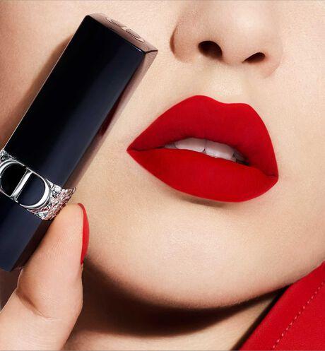 Dior - Rouge Dior - Star Edition gelimiteerde editie Lipstick als een sieraad - gegraveerd sterrenmotief - fluwelige en metallic finish - 3 aria_openGallery
