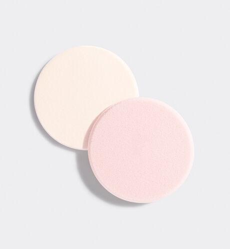 Dior - 雪凝亮白炫光修護粉餅 一套兩件的多重質感粉撲