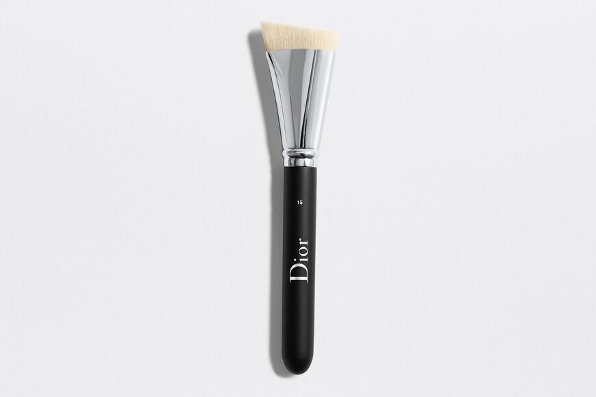 Dior - Dior Backstage Contour Brush N°15 Dior backstage contour brush n°15 Open gallery