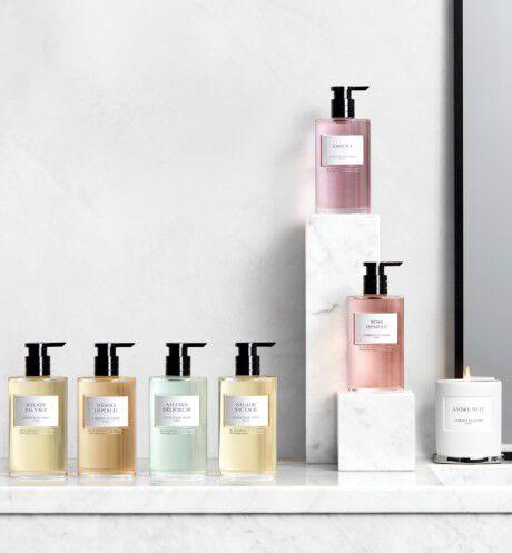 Dior - Amande Délicieuse Liquid hand soap - 2 Open gallery