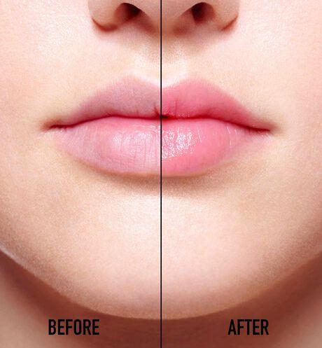 Dior - Dior Addict Lip Glow Natural glow custom colour reviving lip balm - 24h* hydration - 97%** natural-origin ingredients - 2 Open gallery
