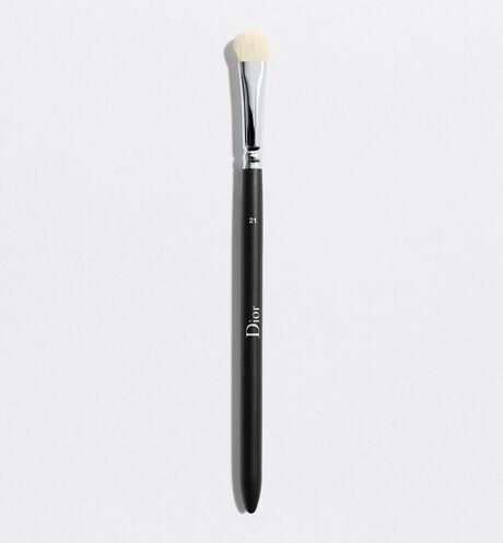 Dior - Dior Backstage Eyeshadow Shader Brush N°21 Eyeshadow shader brush n° 21