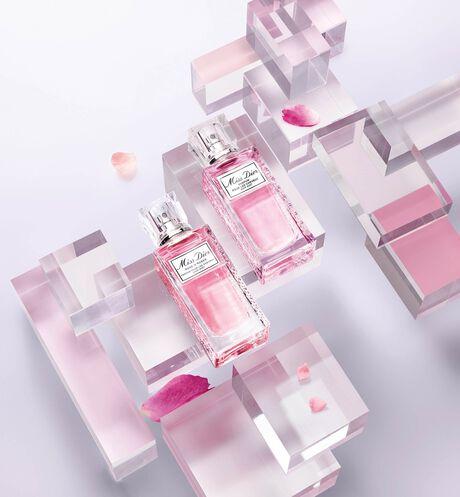 Dior - 全新MISS DIOR漫舞玫瑰 髮香噴霧 - 3 aria_openGallery