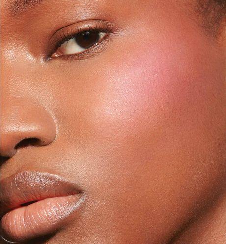 Dior - Dior Backstage Rosy Glow Blush - Rose à joues universel rehausseur de couleur - éclat naturel effet bonne mine - 6 Ouverture de la galerie d'images