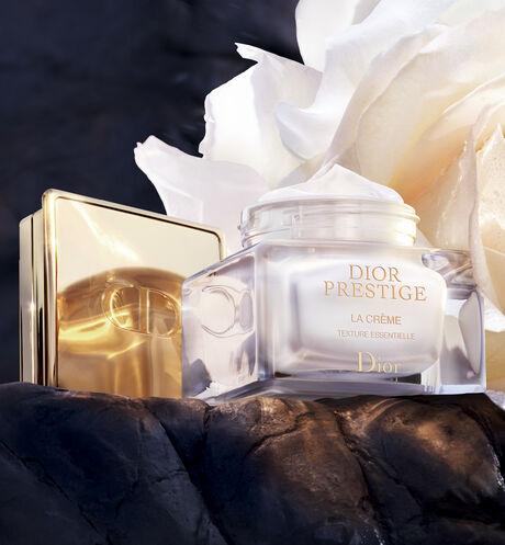 Dior - Dior Prestige La crème texture essentielle - 2 Open gallery