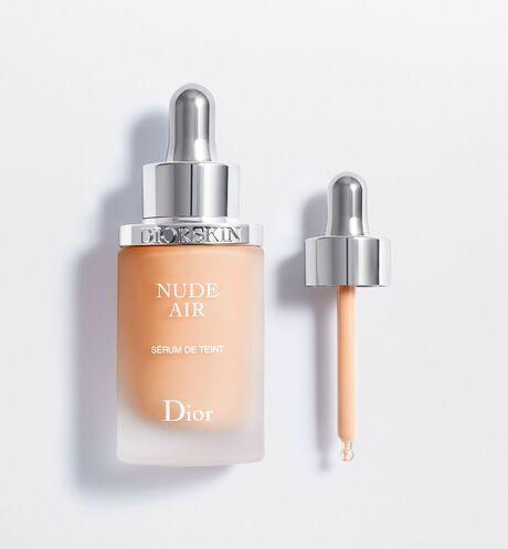 Dior - Diorskin Nude Air Sérum Нюдовое здоровое сияние - воздушная тональная сыворотка