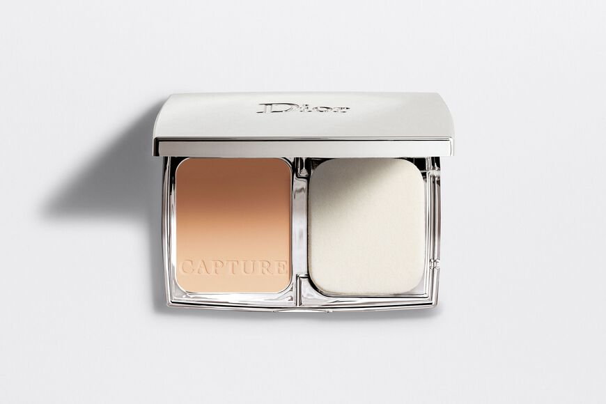 Dior - Capture Totale Triple correcting powder foundation wrinkles - dark spots - radiance - 5 Open gallery
