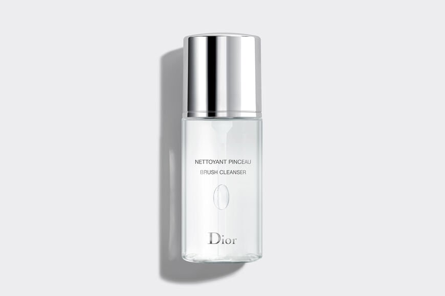 Dior - Dior Backstage Brush Cleanser Makeup brush cleanser - no-rinse - deep cleansing & quick drying Open gallery