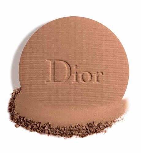 Dior - Dior Forever Natural Bronze Healthy glow bronzing powder - 95% mineral-origin pigments - 15 Open gallery