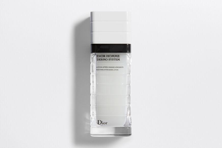 Dior - Dior Homme Dermo System Успокаивающий лосьон после бритья - Биоферментированный ингредиент и фосфат витамина Е aria_openGallery