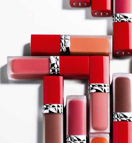 Dior - Rouge Dior Ultra Care Liquid Barra de labios líquida de tratamiento con aceite floral - duración extrema y acabado pétalo - 202 aria_openGallery