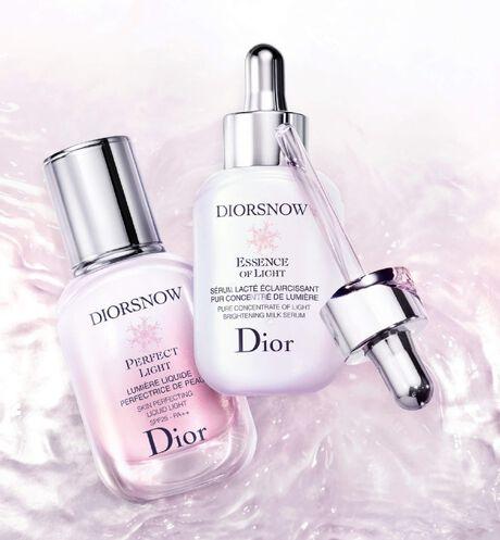 Dior - Diorsnow Diorsnow perfect light - skin-perfecting liquid light spf 25 - pa++ - 3 Open gallery