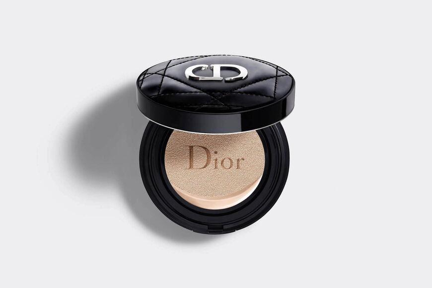 Dior - DIOR超完美水潤光氣墊粉餅 輕盈底妝–24小時超持妝、超保濕–水潤光感妝效–spf50 pa+++ aria_openGallery