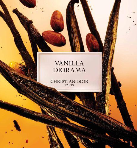 Dior - Vanilla Diorama Parfum - 12 aria_openGallery
