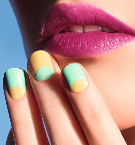 Dior - Dior Vernis Color Games - Color Games Collection Limited Edition Nail lacquer - scented nail lacquer - couture colour manicure - gel shine and long wear - 16 Open gallery