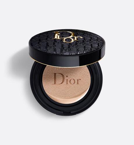 Dior - Dior Forever Skin Glow Cushion - Edición Limitada Diormania Gold Fondo de maquillaje fresco – 24h de duración* e hidratación** – acabado luminoso radiante