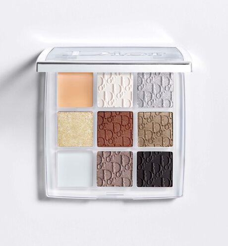 Dior - Dior Backstage - палетка для макияжа глаз Custom Eye Palette Палетка высокопигментированных текстур с различными финишами для создания уникального макияжа. Праймер, тени, мерцающее верхнее покрытие и гель, создающий от дымчатого эффекта до эффекта подводки для глаз