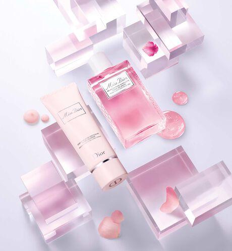 Dior - Miss Dior Crème de rose onctueuse pour les mains - 3 Ouverture de la galerie d'images